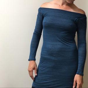 Splendid Teal off shoulder long sleeve dress